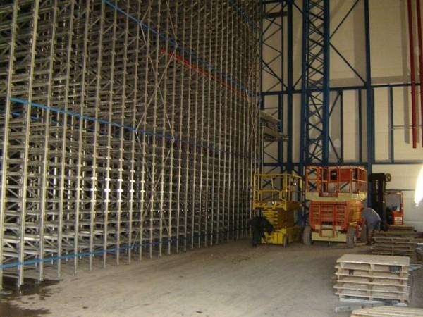 Becton & Dickinson - Belgie - stavba regálu chladící haly (11)