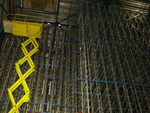 Becton & Dickinson - Belgie - stavba regálu chladící haly (7)