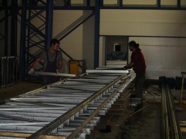 Becton & Dickinson - Belgie - stavba regálu chladící haly (8)