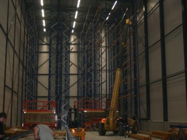 Jonker & Schut - Holandsko - vysoký zakladačový komplex (16)