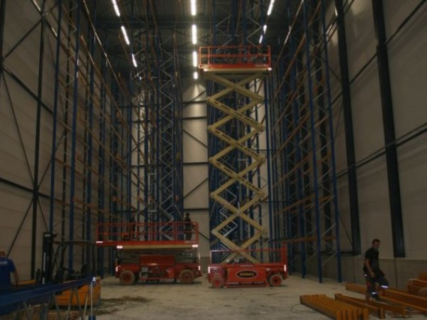 Jonker & Schut - Holandsko - vysoký zakladačový komplex (17)