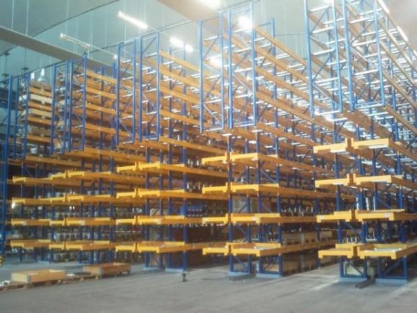 Renk AG - Německo - paletový regál pro zakladač (2)